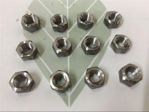 Duplex 2205 A182 F51 UNS S31803 EN1.4462 Sechskantschraube DIN933
